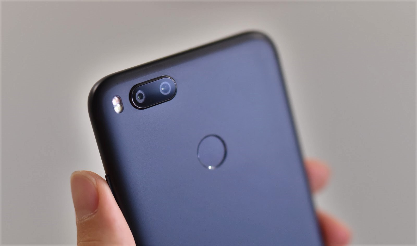 How to Enable Google Camera HDR+ and EIS Xiaomi Mi A1